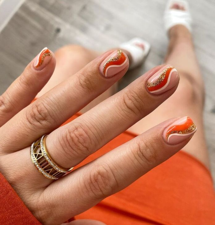cliomakeup-pumpkin-nails-linee