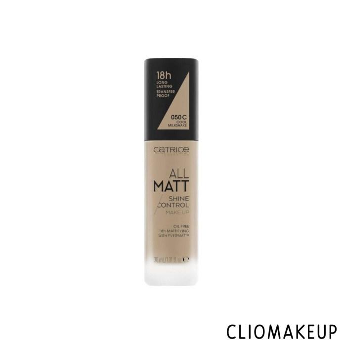 cliomakeup-recensione-fondotinta-catrice-all-matt-shine-control-makeup-1