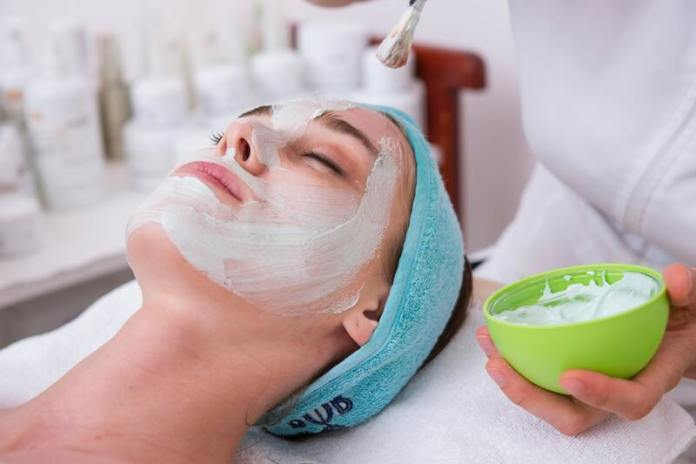 cliomakeup-skincare-routine-rientro-maschere-viso