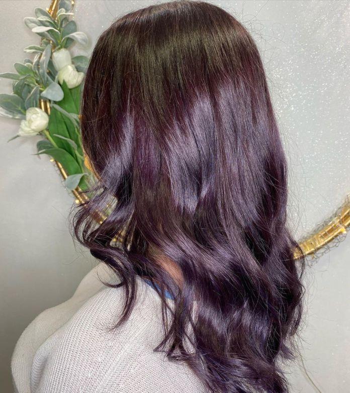cliomakeup-colore-capelli-viola-grape-autunno-2021-16