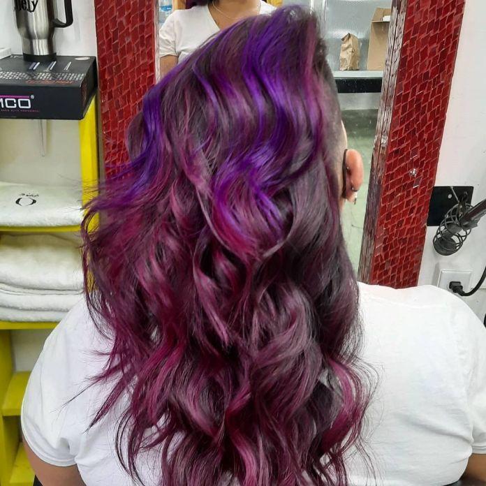 cliomakeup-colore-capelli-viola-grape-autunno-2021-17