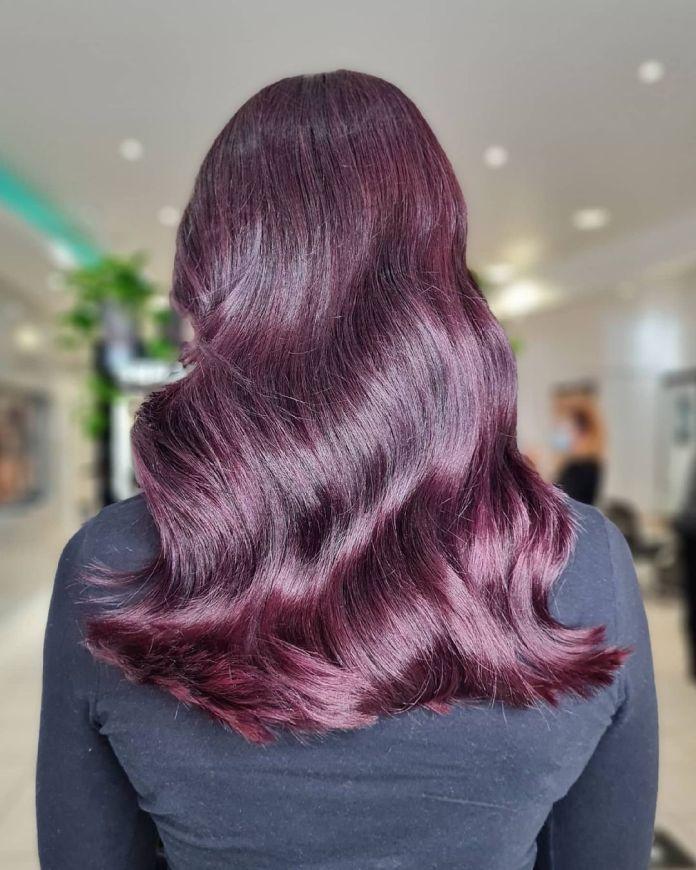 cliomakeup-colore-capelli-viola-grape-autunno-2021-6