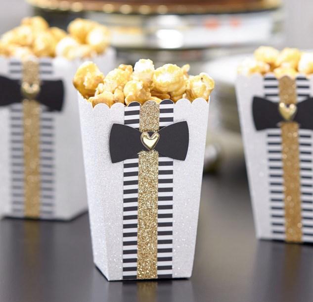 How to throw an award-winning Oscars party. #ctmh #closetomyheart #ctmhgiveaway #paperaddict #party #oscars