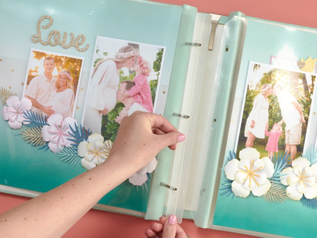 Close To My Heart scrapbook albums #ctmh #closetomyheart #scrapbook #album #memorykeeping