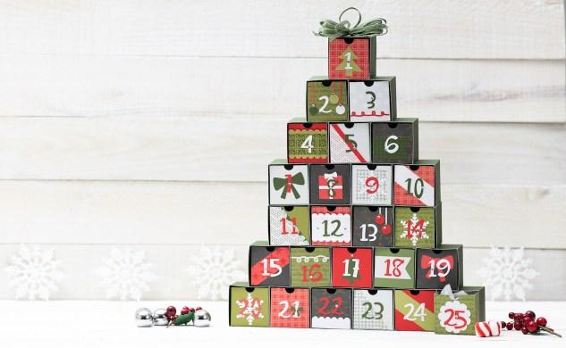 Christmas Advent Calendar #ctmh #closetomyheart #ctmhtistheseason #ctmh'tistheseason #Christmas #calendar #25days #countdown #adventcalendar #holiday #papercraft #papercrafting #diy #cricut #SeasonofJoy