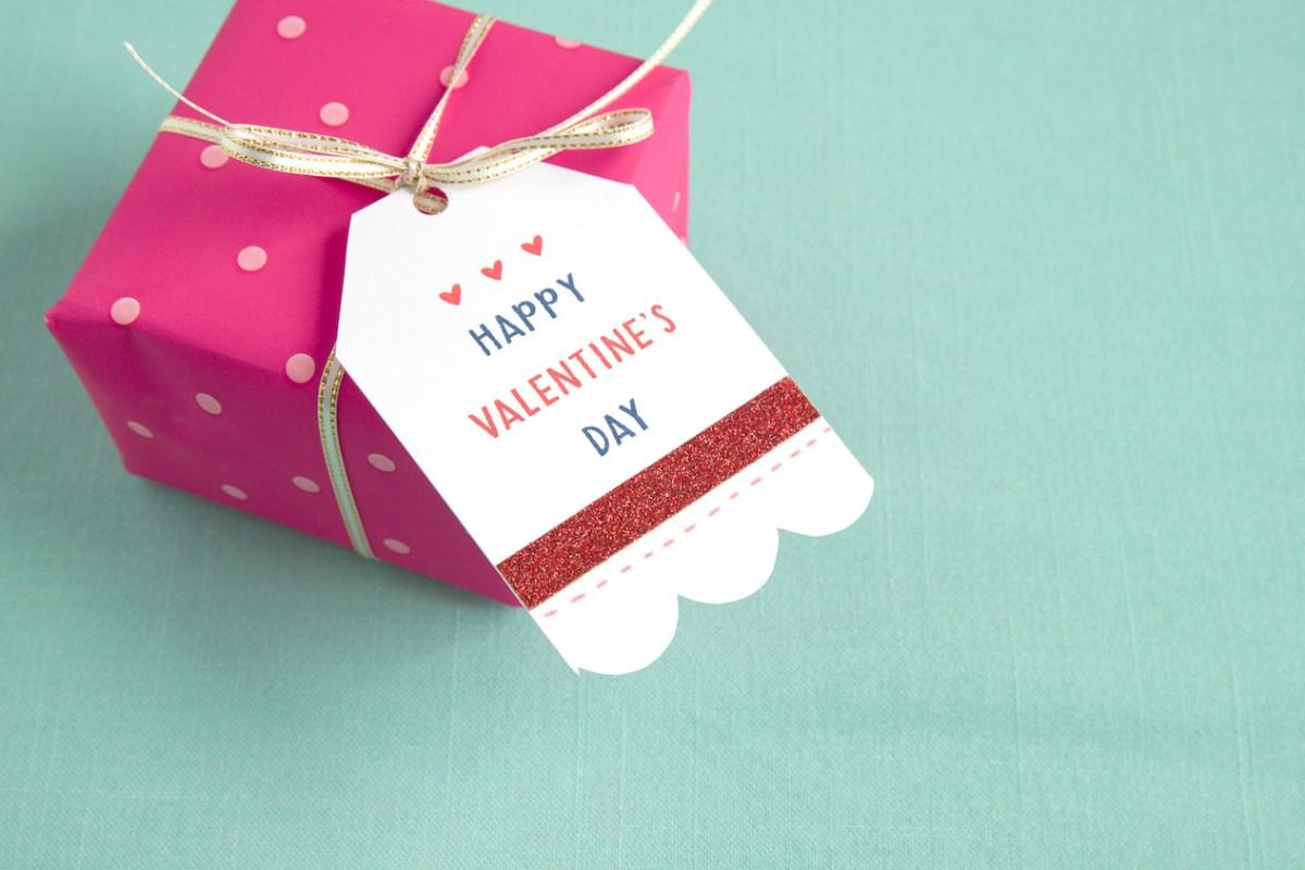 Heart Happy Workshop #ctmh #closetomyheart #ctmhhearthappy #valentine #valentine'sday #love #galentine'sday #tag #diytags #gifttag