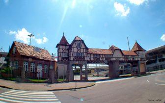 Pontos turísticos e a história de Blumenau SC