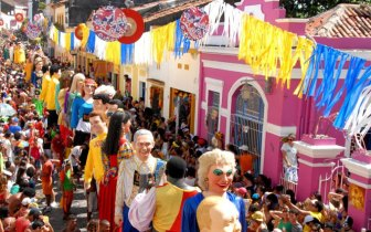 Conheça o Carnaval de Olinda, PE 2017
