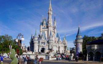 Faça um tour virtual pelos parques da Disney