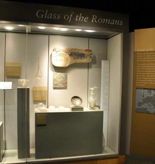 Nilotic bowl in its case in Glass of the Romans.