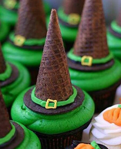 dessert17 25 Good, Gross, and Ghoulish Halloween Party Food Ideas