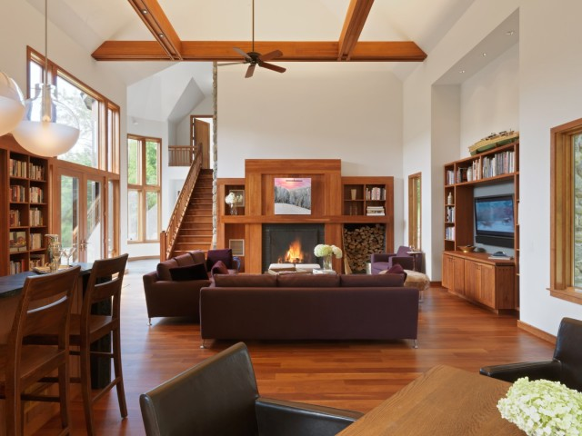 When the weather is blustry, this Stowe, VT getaway would be the perfect ending to a ski day.