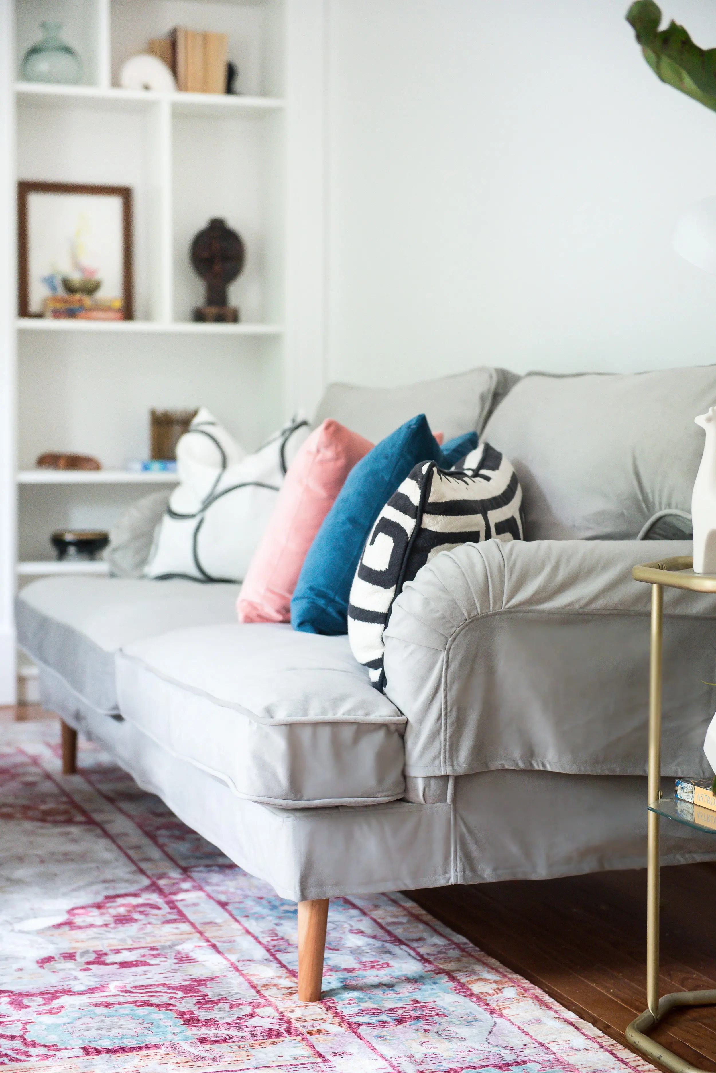We may earn commission from links on this page, but we only recommend products we back. IKEA Stocksund Sofa Series (2014) Review - New at IKEA!