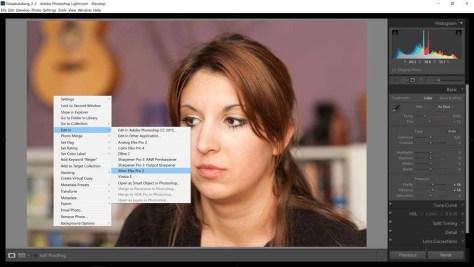 Klik met de rechtermuisknop op de foto. Uit het menu dat verschijnt kies je bij het onderdeel Edit in voor Silver Efex Pro 2.