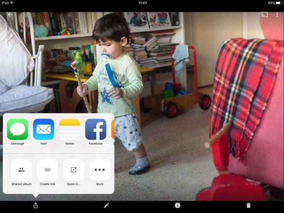 Delen op de iPad. Ook hier kun je Albums maken of je foto delen met bijvoorbeeld Facebook.
