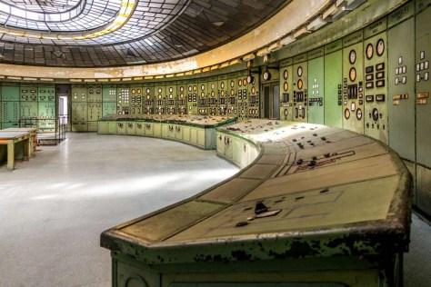 regelkamer van een oude energie-centrale