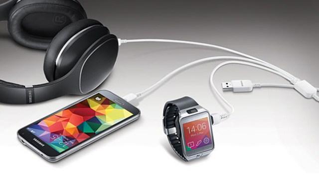 El cable USB 'pulpo' de Samsung carga tres equipos a la vez