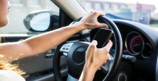 Tu carro bloqueara móvil para reducir accidentes