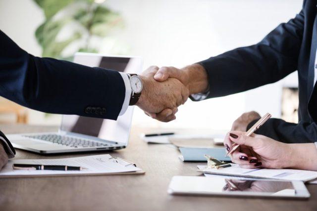 representante comercial ou vendedor externo