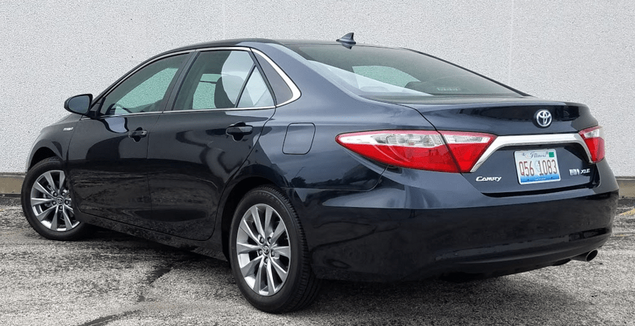 2017 Toyota Camry Hybrid The Daily Drive Consumer Guide 174