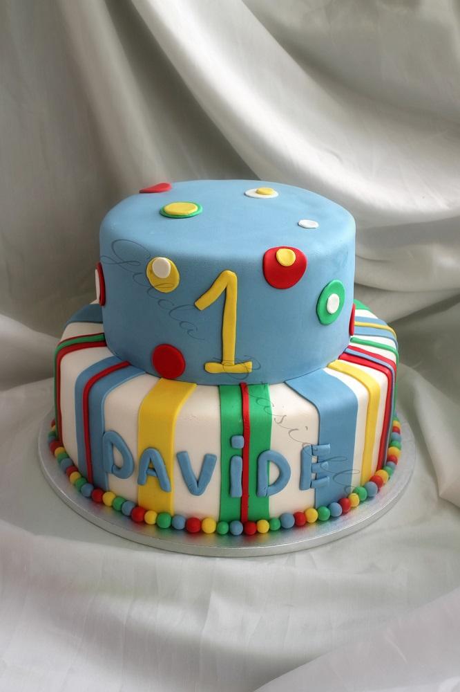 Torta 1 Anno Colorata In Pasta Di Zucchero Donnepasticcione