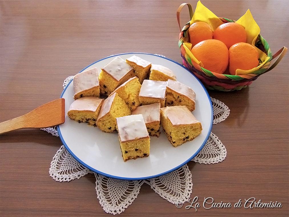 Torta all'arancia e gocce di cioccolato
