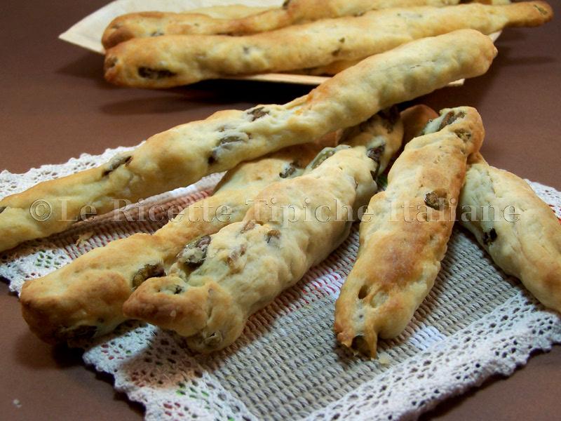 ricette_tipiche_italiane_grissini-alle-olive
