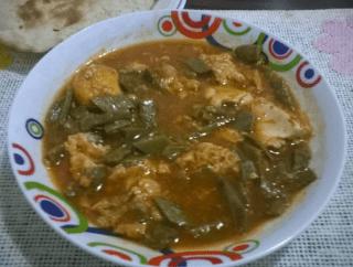 Nopales en salsa de chile guajillo