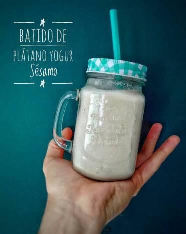 Batido de yogurt natural de soja y frutas de Daniel Guilbert
