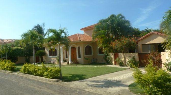 3 bedroom Villa close to the beach …..