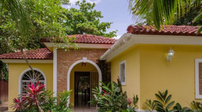 Villa at walking distance to the beach …