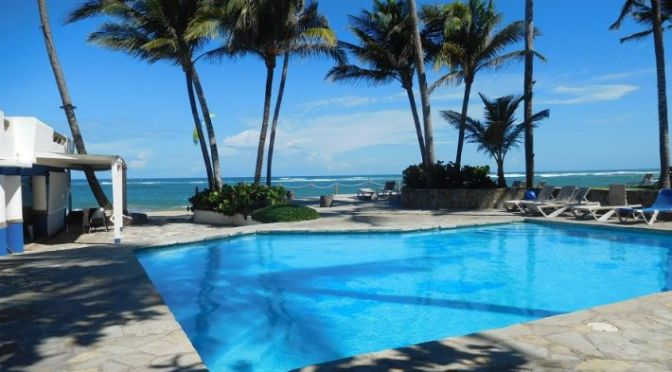 **Bargain** Two bedroom apartment on Cabarete beach !!