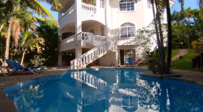 Outstanding Villa in Playa Laguna, Cabarete