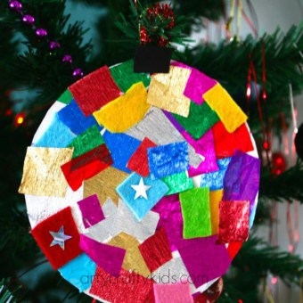 Paper Plate Baubles - Christmas crafts for toddlers   Cotswold Baby Co