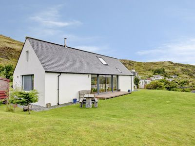 20% off Argyle Cottage, Isle of Skye. Was £520.00 Now £423.20. Available on: 26-04-2014 for 7 nights. Sleeps 8. Info: http://bit.ly/1mH9ahM.