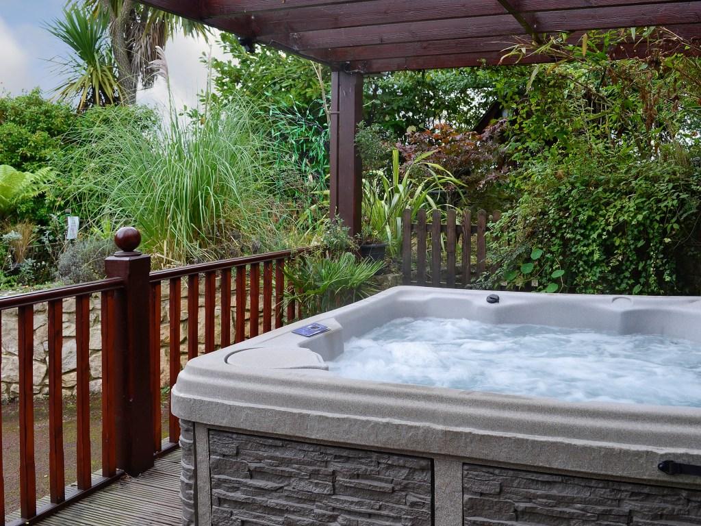 Hot tub holiday Wales