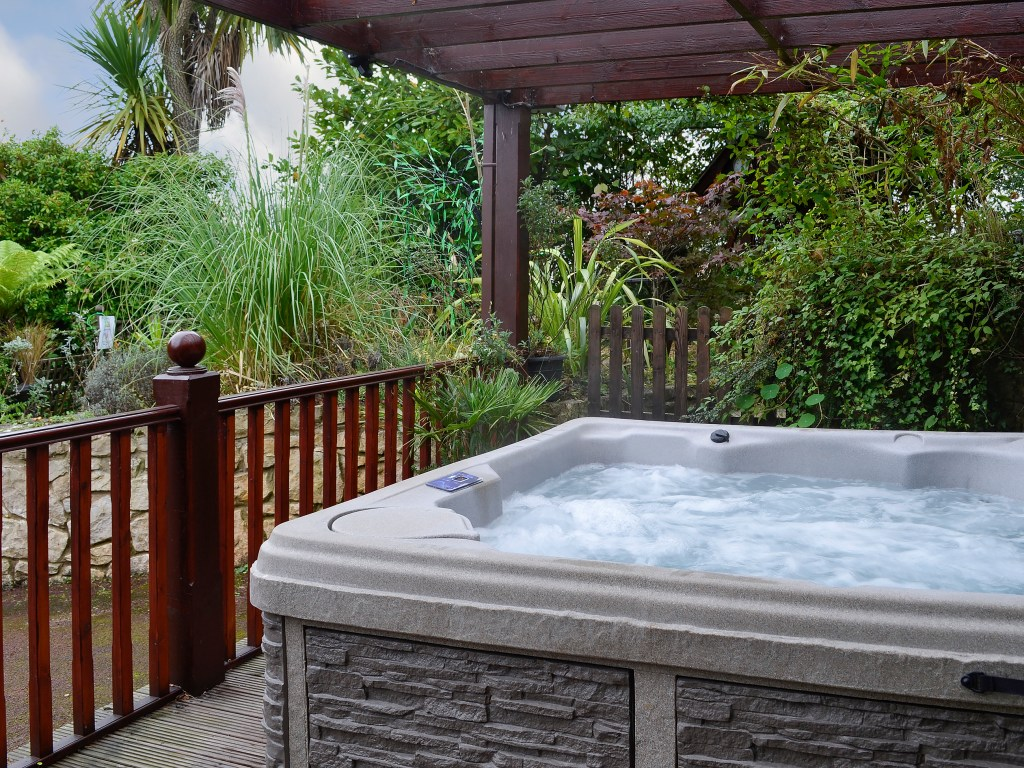 Hot tub holiday Wales