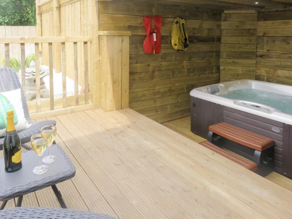 Whitby hot tub