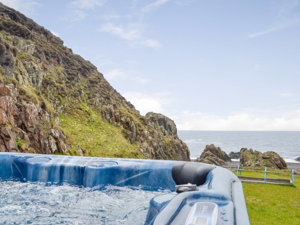 Scotland hot tub
