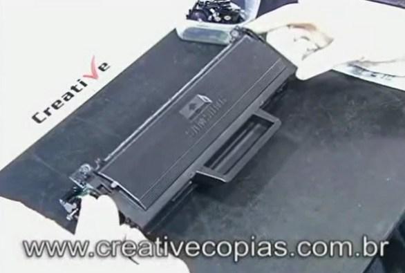 Tampa superior do cartucho de toner D-104 Samsung