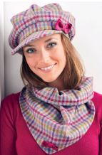 sewing-christmas-gifts-tweed-cap-and-scarf