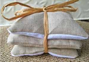 sewing-for-christmas-lavender-sachet