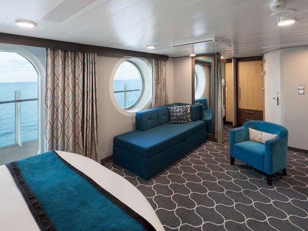 Camarote ultra espacioso-Harmony-of-the-Seas-CrucerosWorld