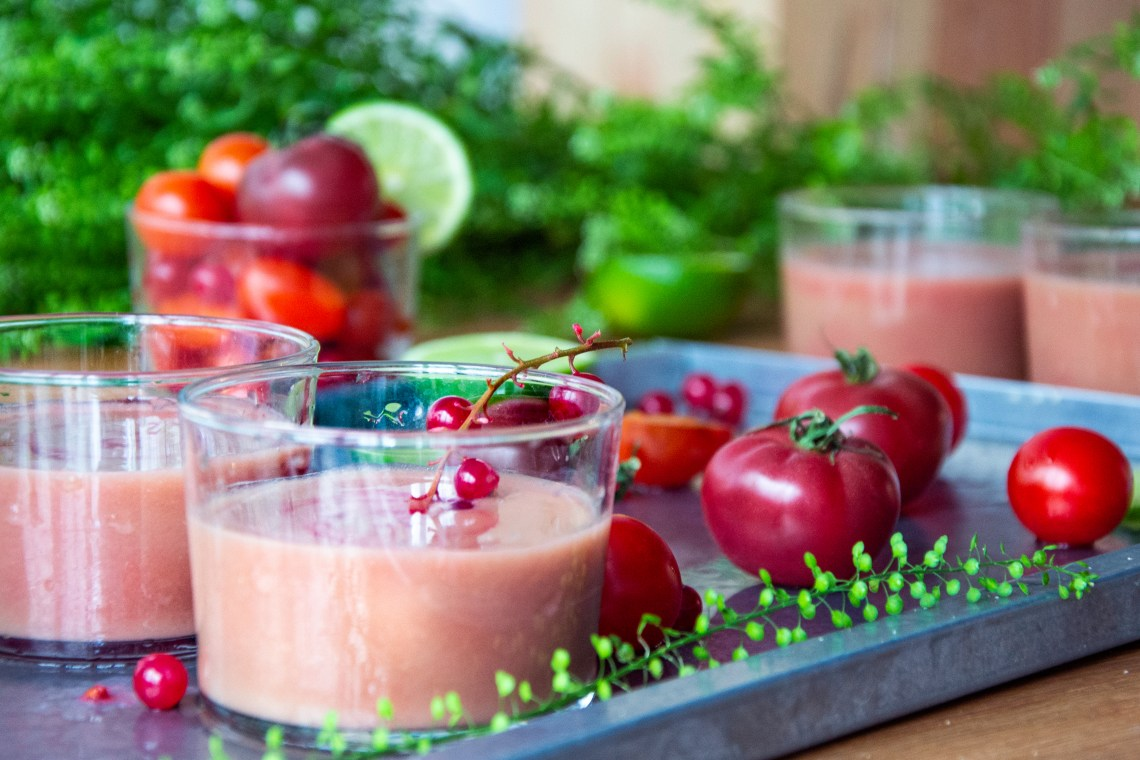 extracteur-kuvings-jus-tomate