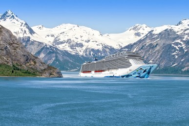 Norwegian Bliss in Alaska