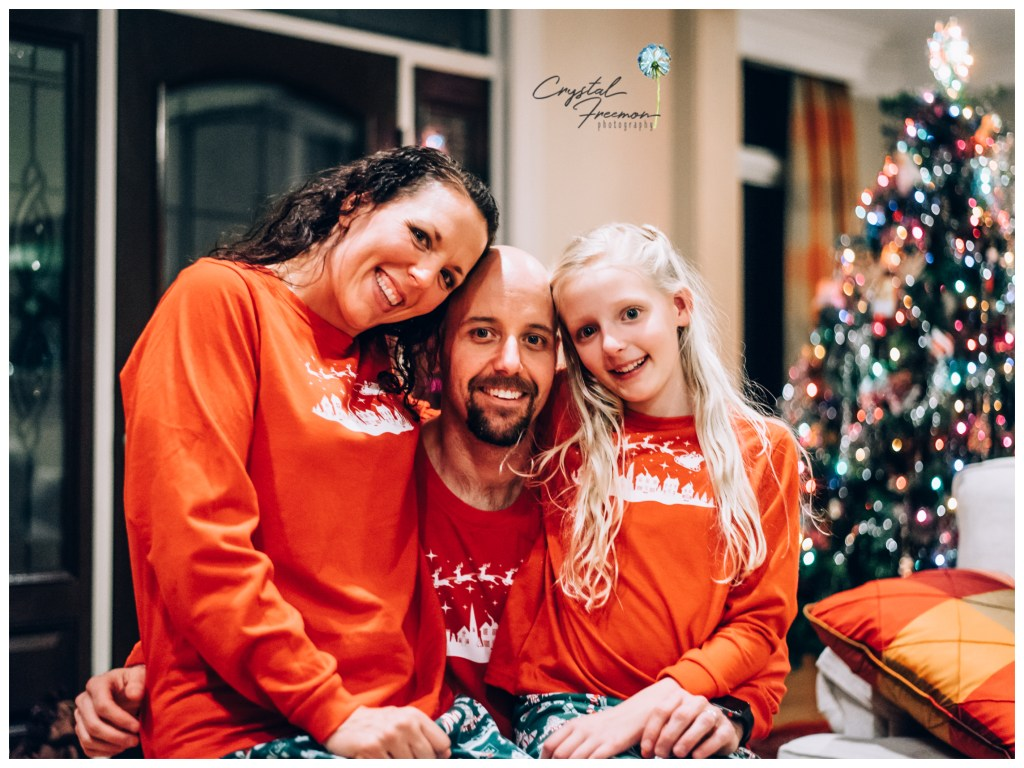 Capturing Christmas Tradition at a home Photo Session