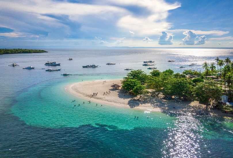 DO AN ISLAND TOUR