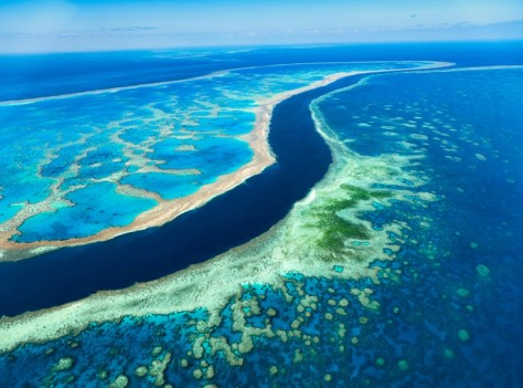 THE GREAT BARRIER REEF, QUEENSLAND COAST