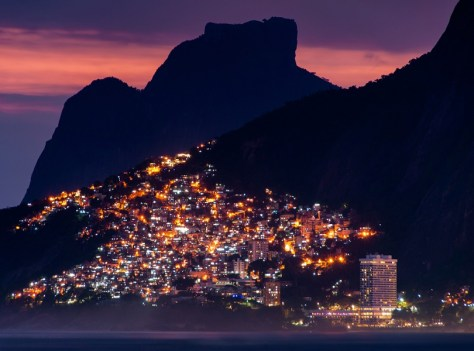 ENJOY BRAZILIAN NIGHTLIFE AT VIDIGAL