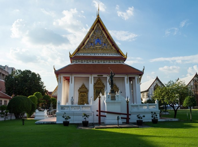 EXPLORE THE BANGKOK NATIONAL MUSEUM